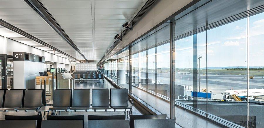 Vienna Airport Roman Boensch I