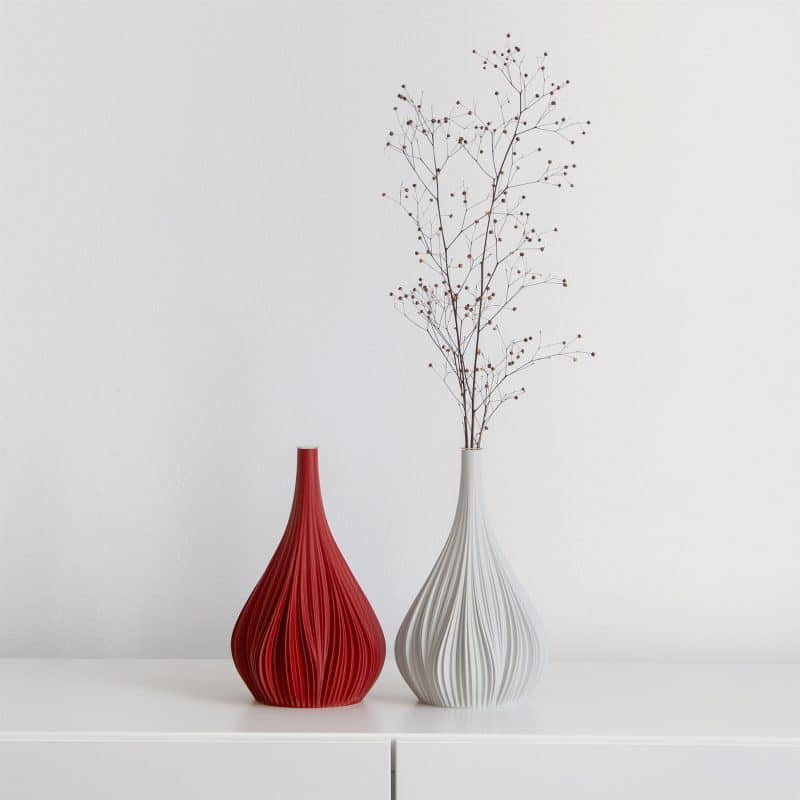 Fald 104g Vase Ruby Red College White
