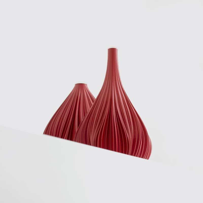 Fald 104g Vase Ruby Red close up