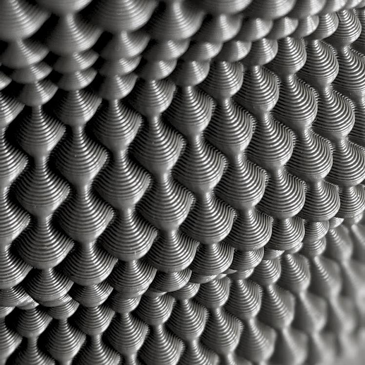 Hoyt 204g Vase Detail Website